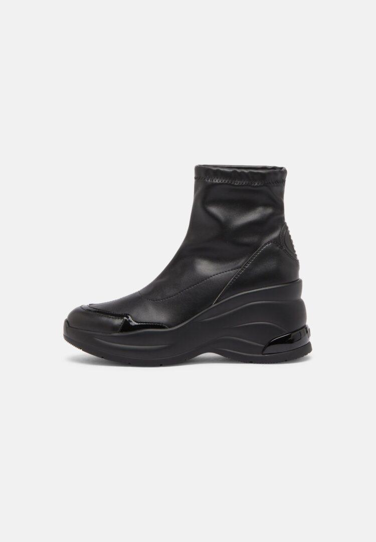 LIU JO Karlie Revolution Boot in Black Leather