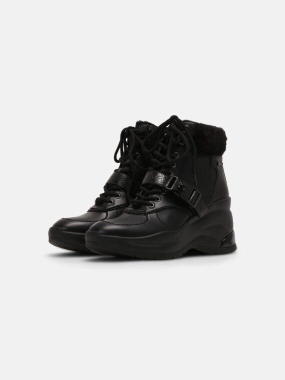 Shoe tip: Round Heel type: Wedge, platform toe Fastening: Zip Pattern: Plain Details: Rhinestones, buckle, hook lacing