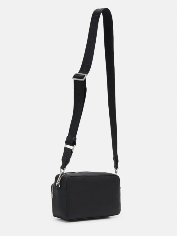 Calvin Klein Must Camera Bag in Black