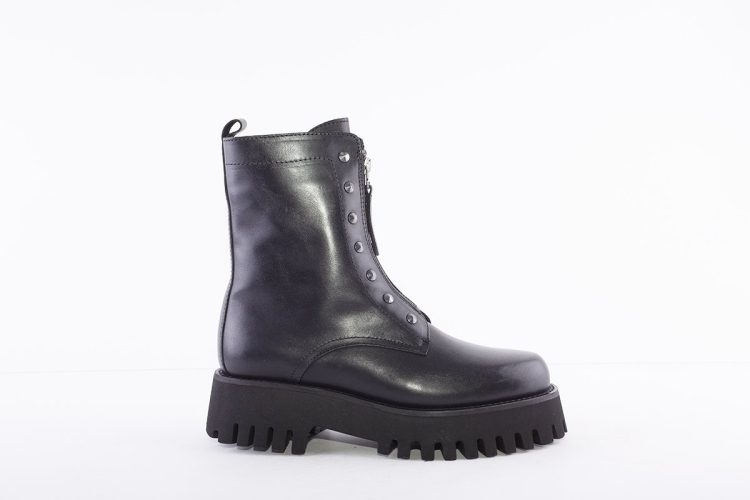 ALPE Black Chunky Front Zip Ankle Boots