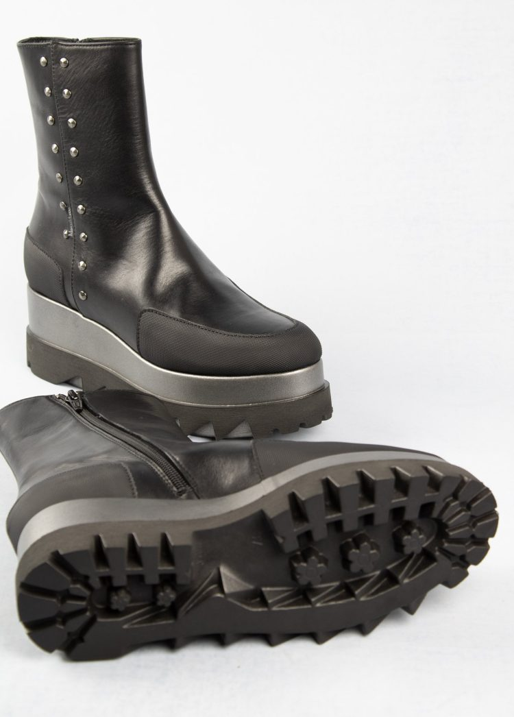 Marco Moreo Jackie Platform Boots in Black