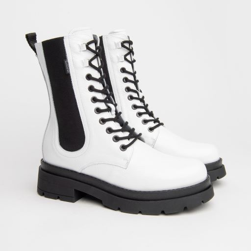 NeroGiardini White Lace Up Boots in White Patent Leather
